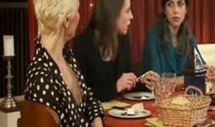 Ablalar Gün Yapıyor Türkçe Altyazılı 720p HD izle
