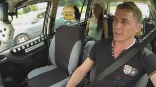 Czech Taxi 8 Erkek Arkadaşıyla Sikişemiyormuş Türkçe Altyazılı