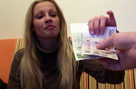 Public Agent 56 Lucie Eleman Otoparkta Kandırdığı Lucie'yi Evine Atıp Sikiyor Türkçe Altyazılı Porno