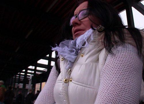 Public Agent 60 Wendy Otobüs Beklerken Elemanın Arabasına Atladı Karşılığını Götüyle Ödedi Türkçe Altyazılı Porno