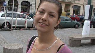 Czech Streets 13 Adela Elemanla Röpörtaj Ayağına Kafeye Gidip Tuvaletinde Hunharca Sikişiyor Türkçe Altyazılı Porno