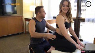 Yoga Dersi Vericem Ayağına Eleman Hatunu Sağlam Elliyor Türkçe Altyazılı Porno