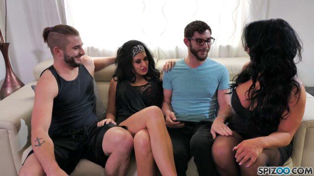 Azgın Üveyablası ile Aile Partisi Veriyor Türkçe Altyazılı Porno