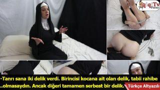 Rahibeye götten ver anlaşılmaz dedim ve siktim