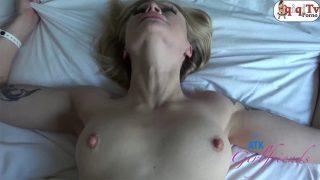 Porno Çekmek İçin Sarışın Sevgilisini Balayına Götürüyor